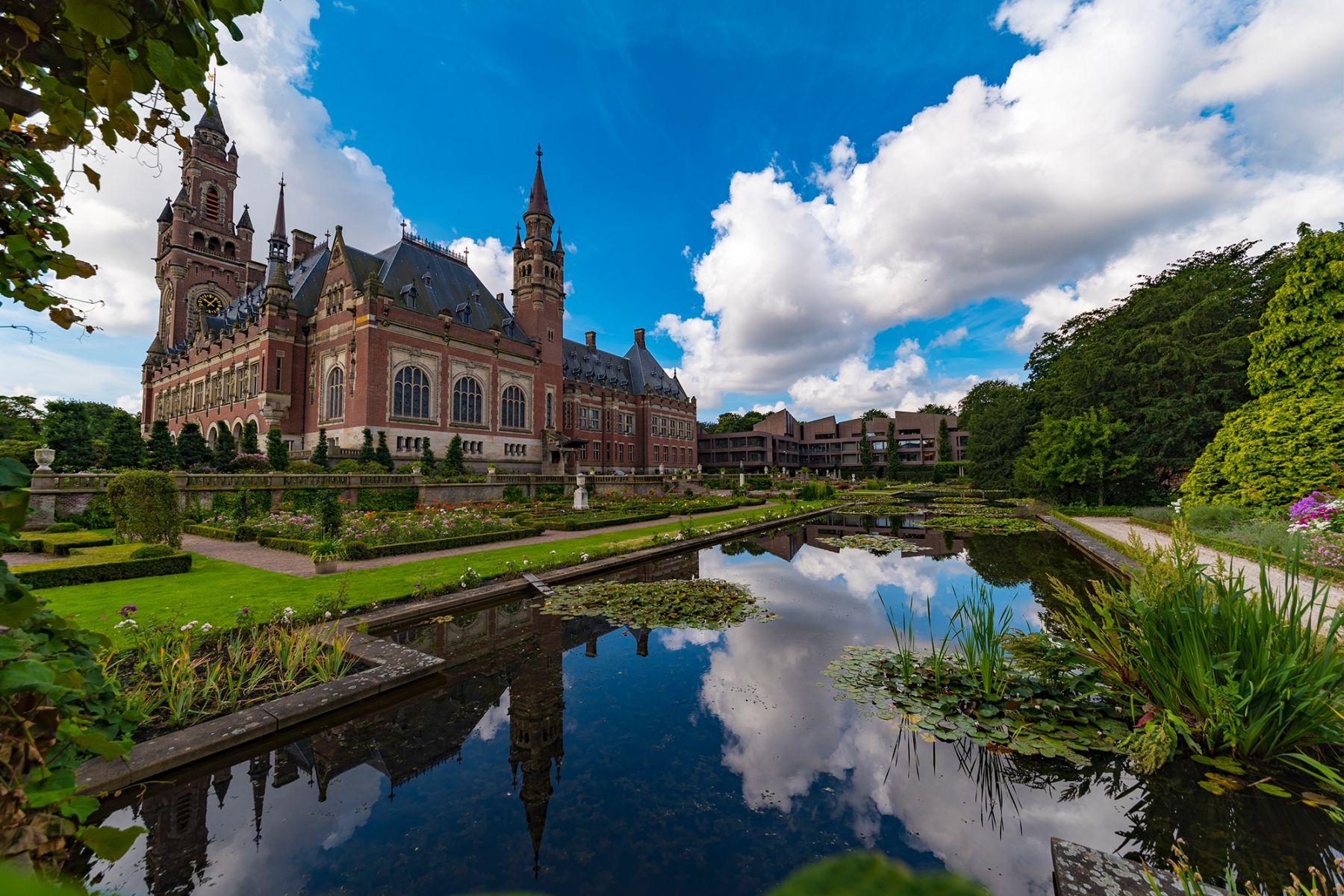 Den Haag staat bekend als de stad van vrede en recht