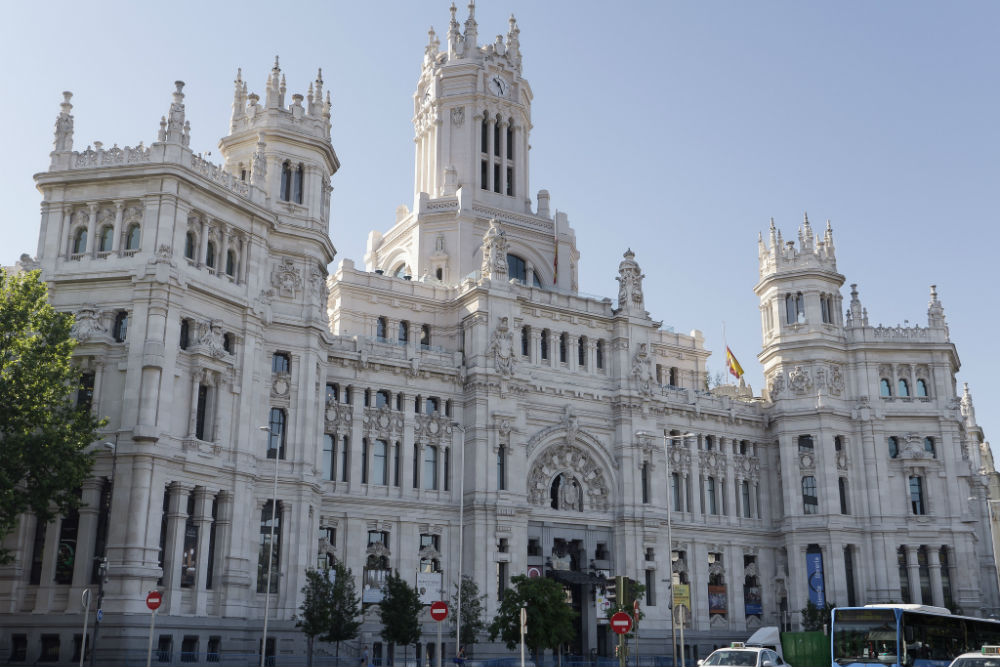 Foto: Plaza del Cibeles in Madrid Credits: Edgardo W. Olivera (Flickr) CC BY 2
