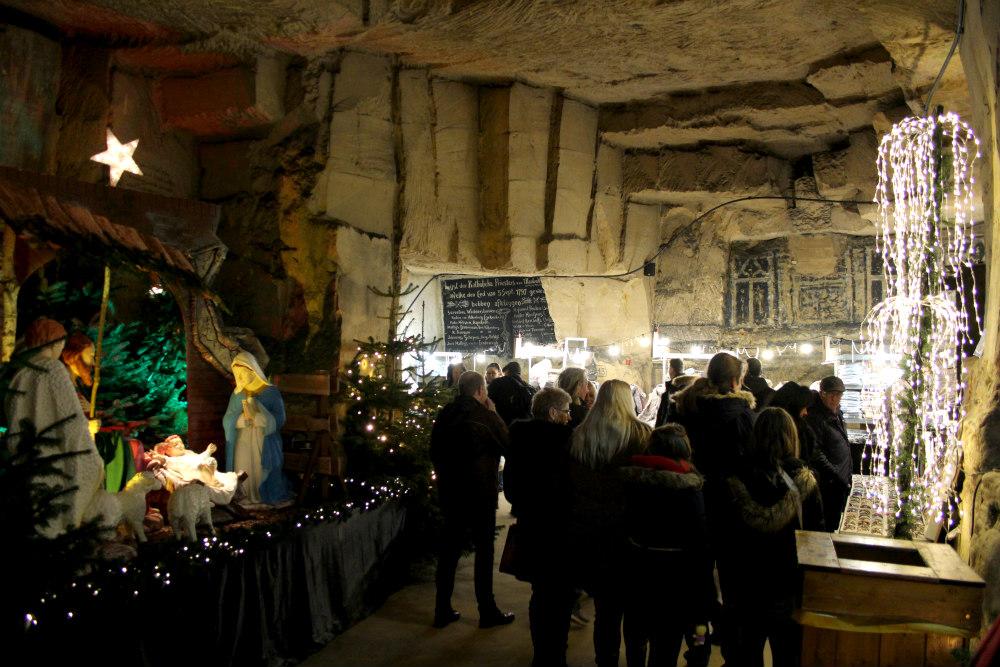 Fluweelengrot kerstmarkt Valkenburg - CityZapper - Lize Rensen