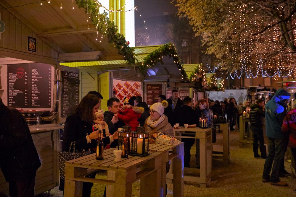 Kerstmarkt in Zagreb - beeld: Martijn Senders