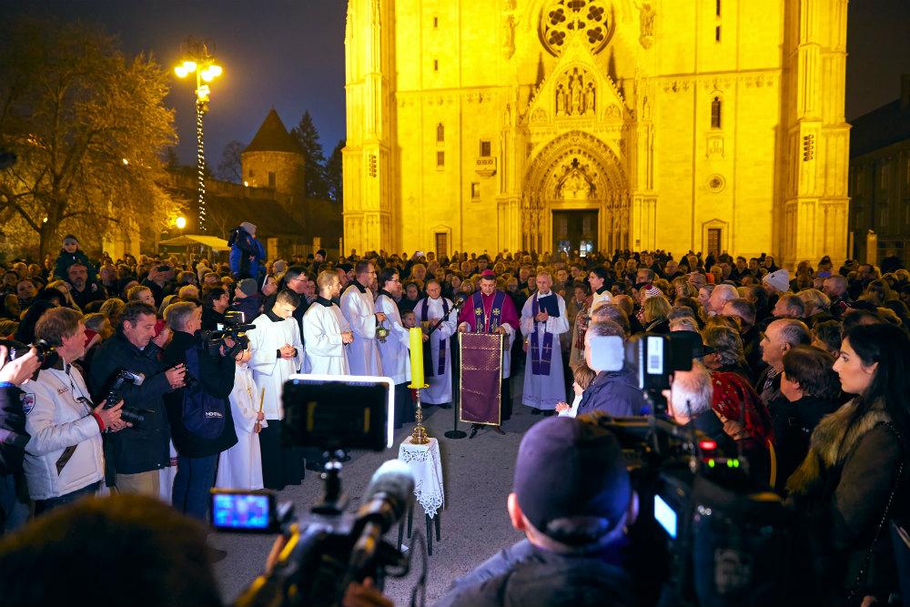 Kerstmarkt Zagreb - beeld: Martijn Senders