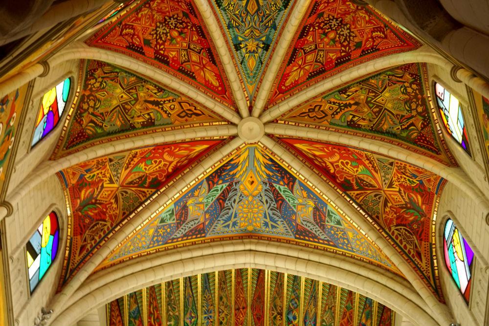 Madrid Kathedraal Almudena - beeld: Jessica Lokker