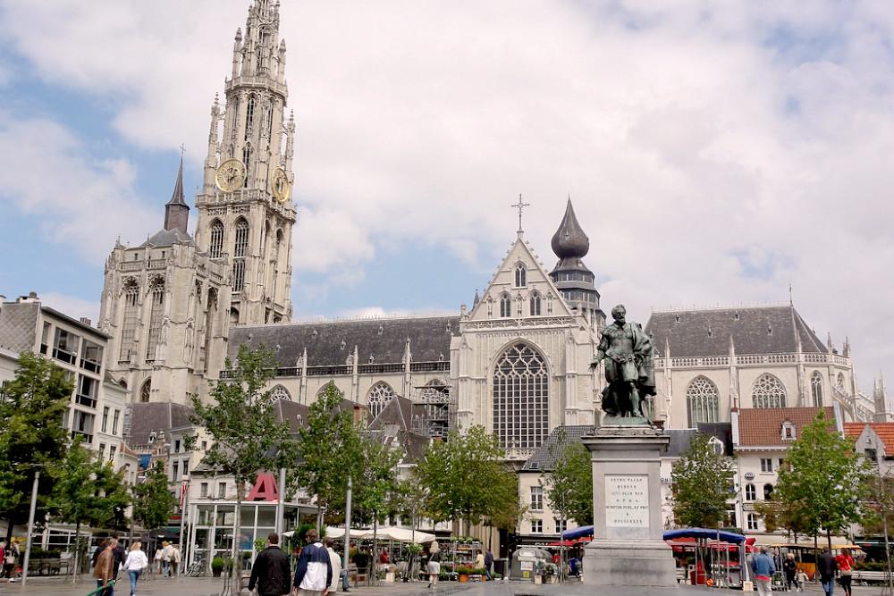 Onze-Lieve-Vrouwe Kathedraal Antwerpen - beeld: DAN VARTANIAN (Flickr)