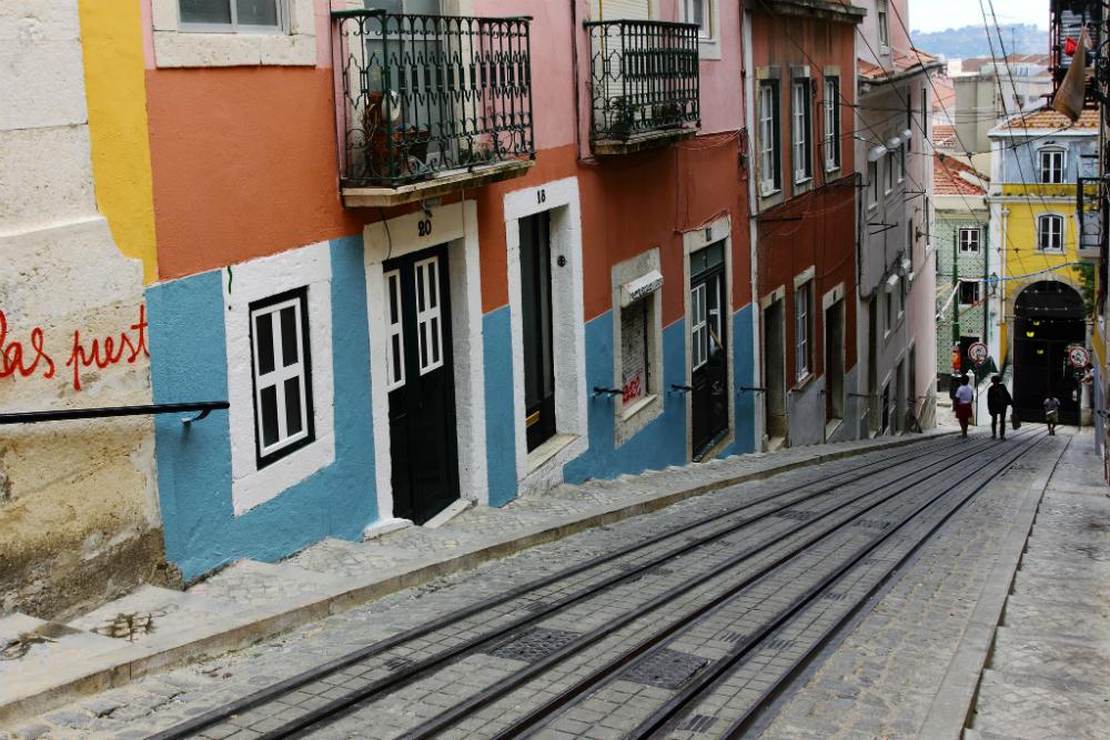 Bairro Alto is een wijk in Lissabon. Beeld: Bruno (Flickr)