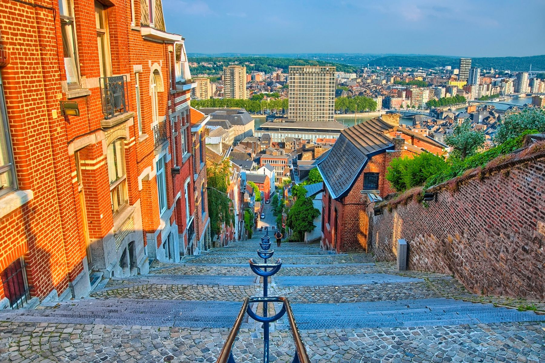 Uitzicht over Luik vanaf de Montagne de Bueren | Credit: Eagle2308 (iStock)
