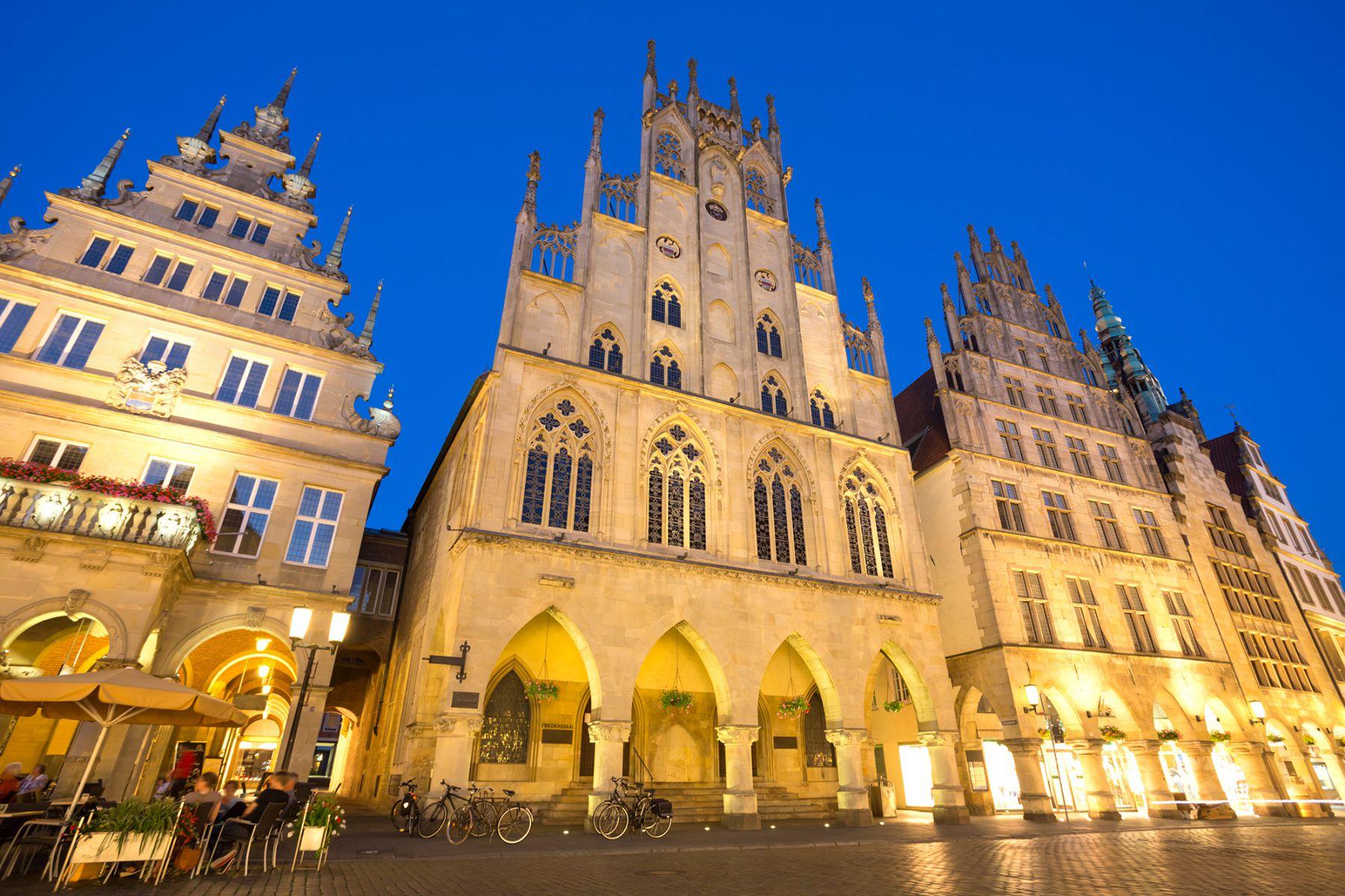 Het stadhuis waar de Friedenssaal te vinden is | Credit: querbeet (iStock)
