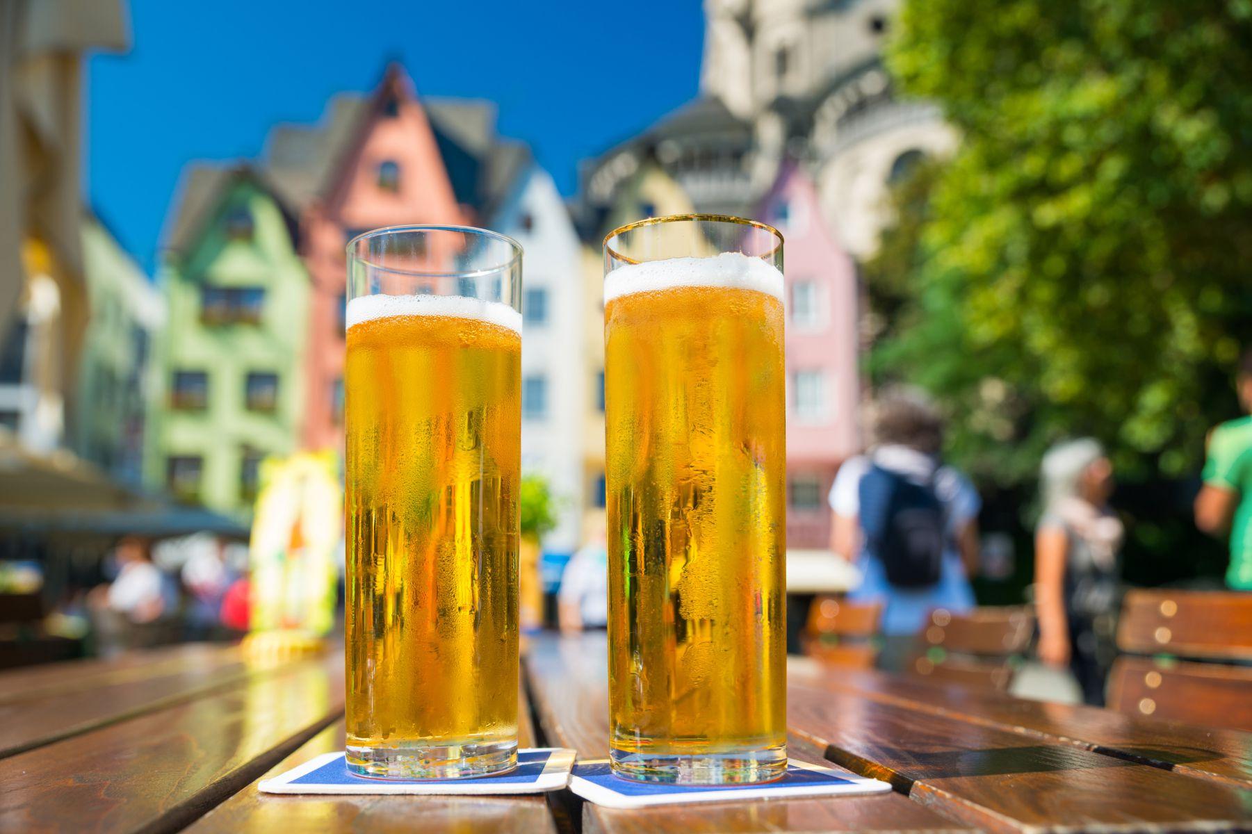 Foto van bier uit Keulen Beeld: jotily (iStock)