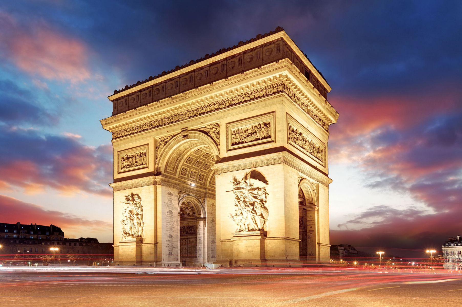 Zonsondergang bij Arc de Triomphe