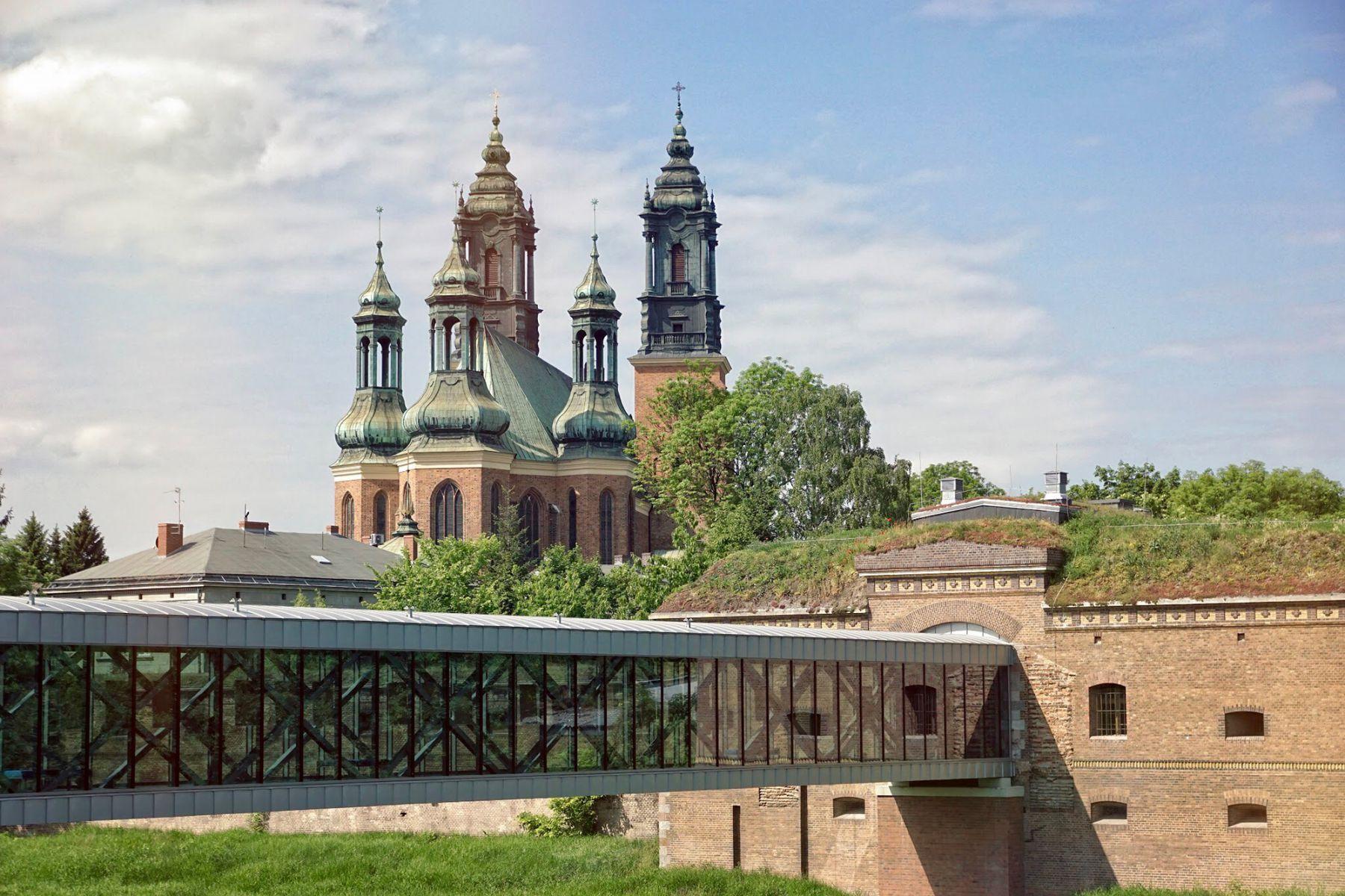 Het kathedraaleiland met de basiliek | credit: Piotr Andrzejewski