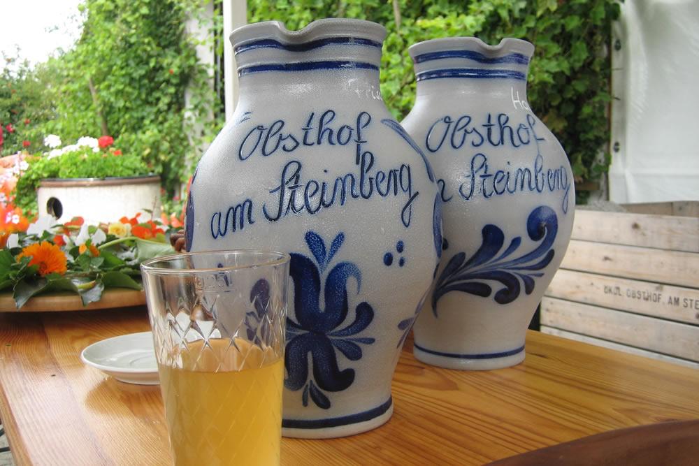 Apfelweinfest. Beeld: Tourismus Frankfurt Holger Ullmann