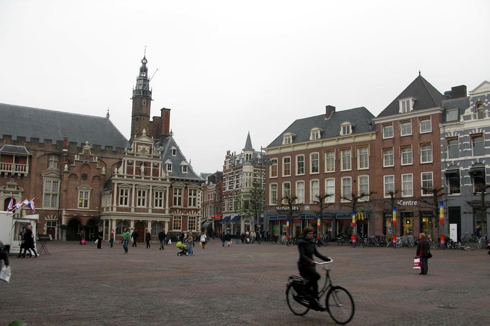 Grote Markt in Haarlem. Beeld: zemistor (Flickr)