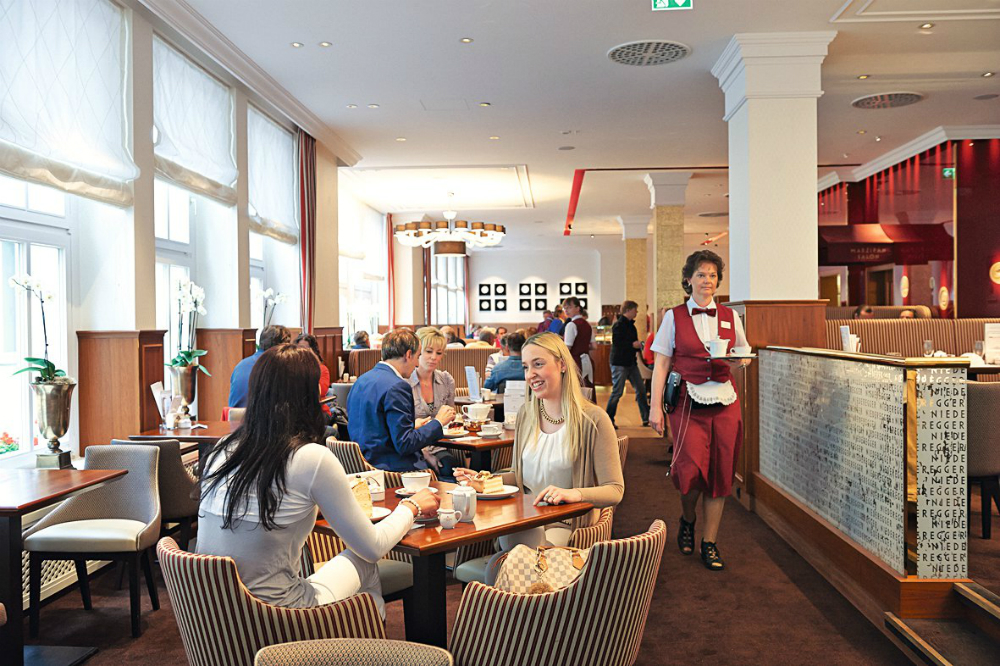Café Niederegger in Lübeck. Beeld: Café Niederegger