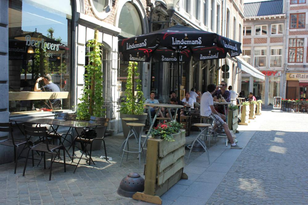 Café Beer Lovers in Luik. Beeld: Beer Lovers (Facebook)