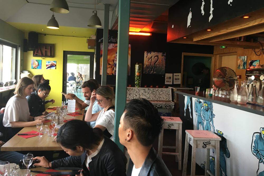 Restaurant Petit Bain in Parijs. Beeld: Glenda Kregel - Cityzapper